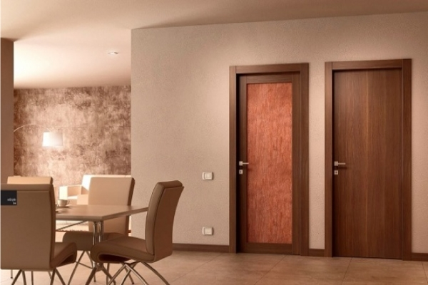 Chọn cửa gỗ công nghiệp cho căn hộ chung cư có ổn hay không?